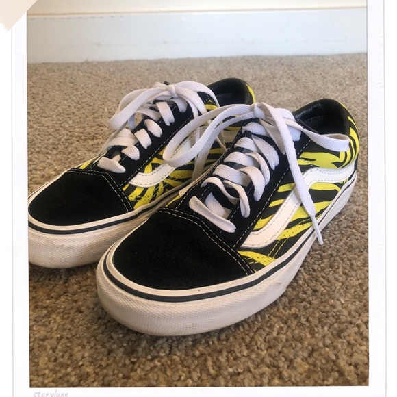 Vans Shoes - Yellow Zebra Pattern Vans